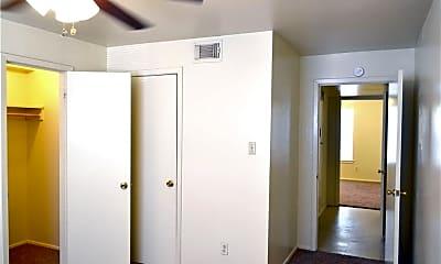 Bedroom, 401 Lake St 35, 2