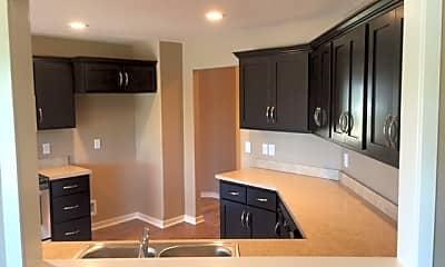 Kitchen, 1430 Cypress Spring Dr, 1