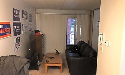 Living Room, 543 Church St, 1