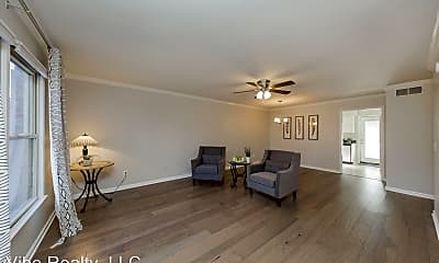 Living Room, 765 Kent Rd, 1