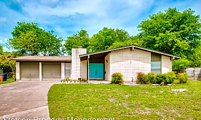 Building, 3102 Candlelight Ct, 1