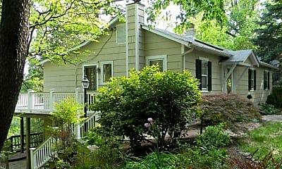 Building, 1509 Oak Dale Rd, 1