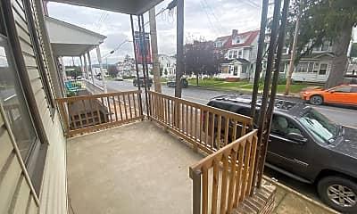 Patio / Deck, 2047 W Market St, 2