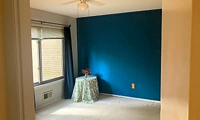 Living Room, 1413 Green Run Ln, 2