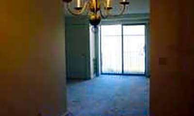 Pondsview Apartments, 2