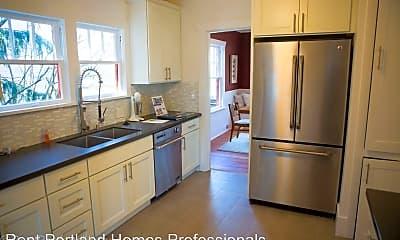 Kitchen, 5528 SE Belmont St, 1