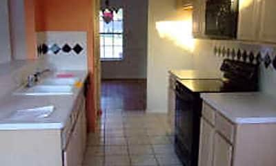 Kitchen, 538 Briaroaks Dr, 1