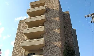 Chilton Place Apartments, 2