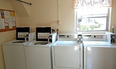 Kitchen, 528 Barcelona Ave, 2