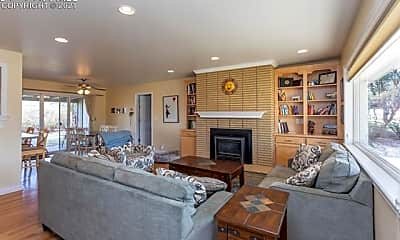 Living Room, 2009 Altair Dr, 1