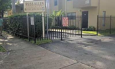 Russ Allen Apartments, 1