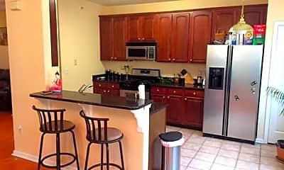 Kitchen, 7 Paulusen Ct, 1