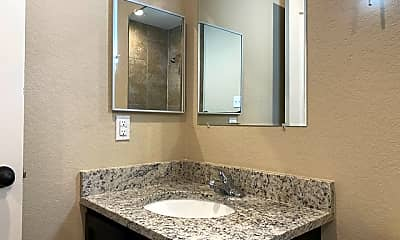 Bathroom, 6870 Lakeview Dr 102, 2