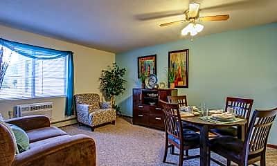 Living Room, Parkside of Livonia - Independent Senior Living, 1