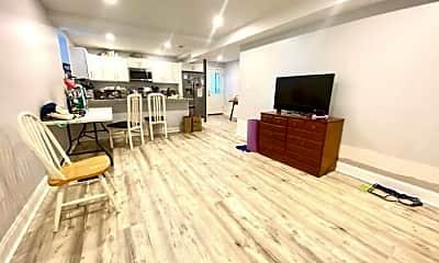 Living Room, 1684 N Shore Rd, 2