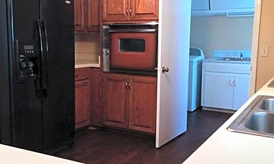 Kitchen, 103 N Jackson Rd, 2