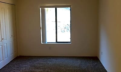 Living Room, 3020 W Trevi Pl, 2