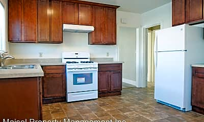 Kitchen, 1539 53rd Ave, 1