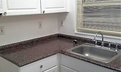 Kitchen, 300 NW 85th Street Rd, 1