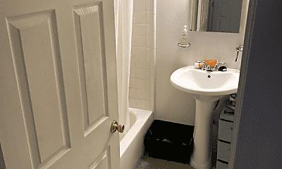 Bathroom, 1522 Pine St, 2