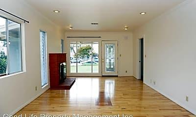 Living Room, 4061 Wabash Ave, 1