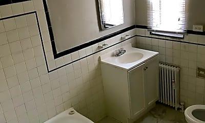 Bathroom, 220 Allison St NW, 2