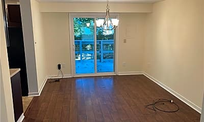 Dining Room, 228 W Taylor Ave, 1