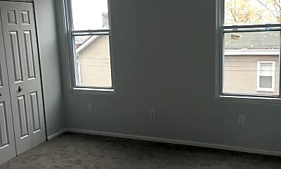 Bedroom, 334 Hancock St, 2