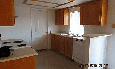 Kitchen, 3410 Tomahawk Dr, 1