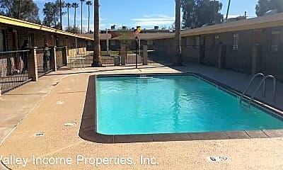 Pool, 6741 N 45th Ave, 1