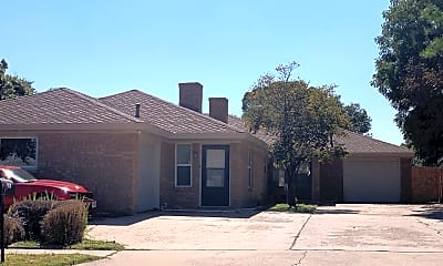 Building, 4417 75th Dr, 1