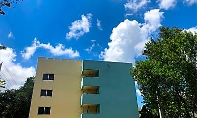 Royal Palm Apartments, 2
