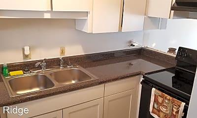 Kitchen, Pine Ridge Apartment Homes, 2