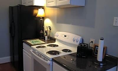 Kitchen, 7413 Maple Ave, 2