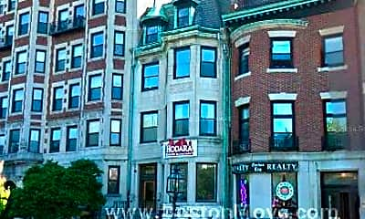 Building, 468 Commonwealth Avenue, 2