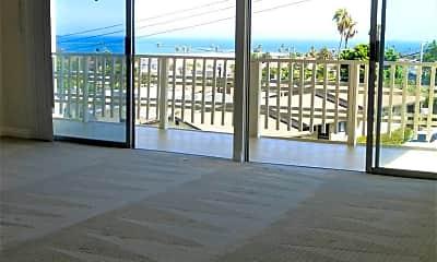 Patio / Deck, 702 W Hamilton Pl, 1