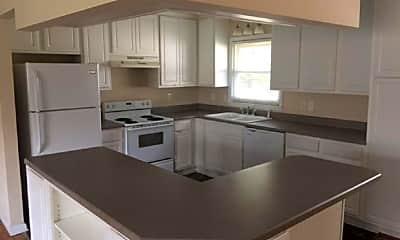 Kitchen, 1507 Grandview Dr, 1