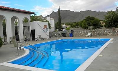 Pool, 6201 Escondido Dr 16H, 2