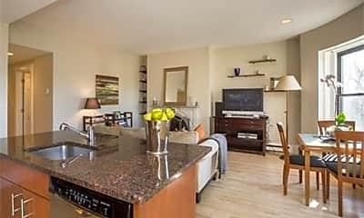 Kitchen, 73 Worcester St, 1