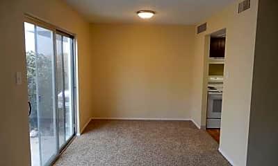 Living Room, 3337 S Monaco Pkwy, 1