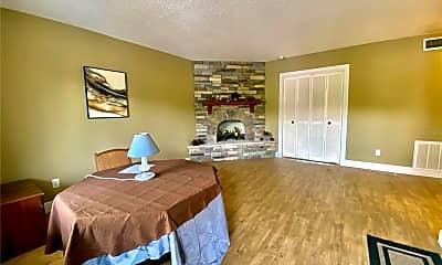 Bedroom, 400 El Camino Dr 220, 1