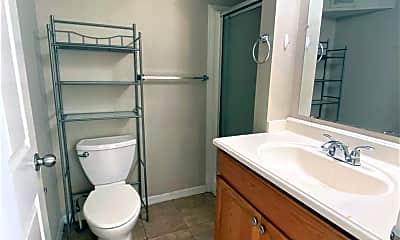 Bathroom, 2651 Terrace Ave, 2