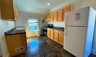 Kitchen, 52 S Clinton St, 1