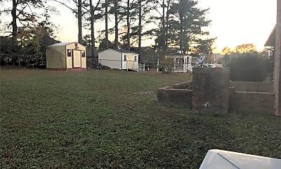 Building, 2104 Longview Dr E, 2