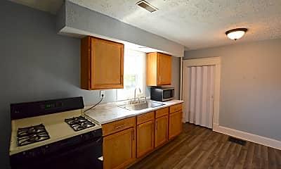 Kitchen, 953 N Oakland Ave, 1