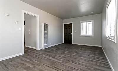 Living Room, 11718 Cranford Way, 1