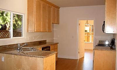 Kitchen, 400 Cypress Ave, 1