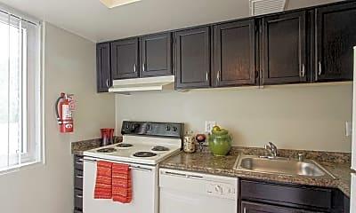 Kitchen, Harbor's Edge Apartments, 1
