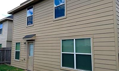 Building, 831 Darbydale Crossing Lane, 2