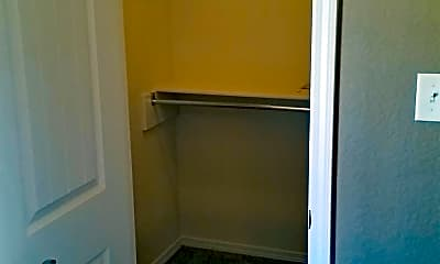 Bathroom, 4716 S 28th St, 2